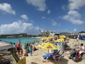 maho_beach
